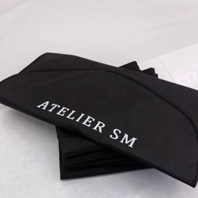 🛍Чехлы для одежды🛍. Дышащий материал с логотипом бренда. 📍Поможем  в подобре ткани и фурнитуры. 📍Утвердим и нанесем логотип вашего бренда. 📍Быстро и качествено пошьем ваш заказ. 🔽🔽🔽🔽🔽🔽🔽 www.garmentbag.com.ua #чехлыдляодежды